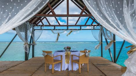 Private-Wedding-Lunch-on-the-Jetty-1