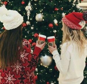 Nezapomeňte si pořídit vánoční čepice!   Zdroj: Weheartit.com